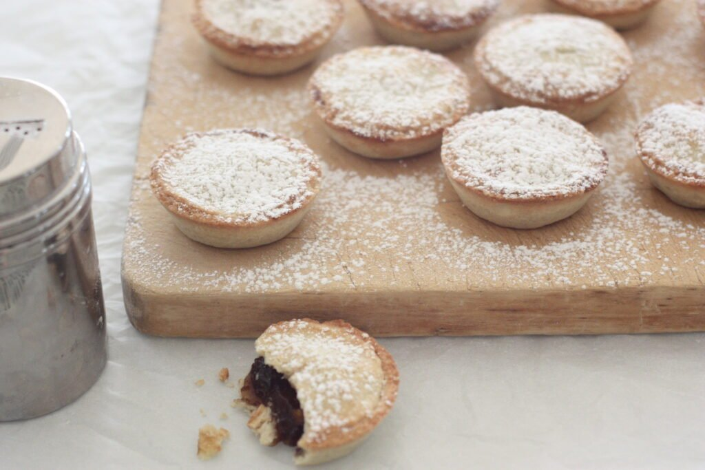 Mince pies - cover
