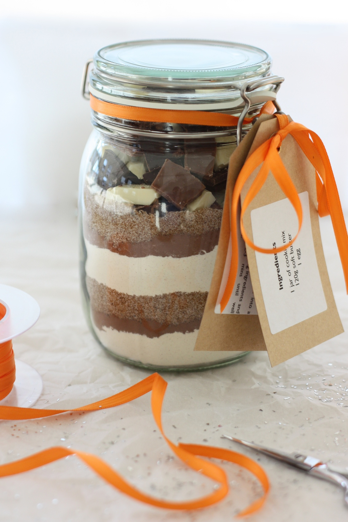 Jars of cookie mix are always popular homemade food gifts