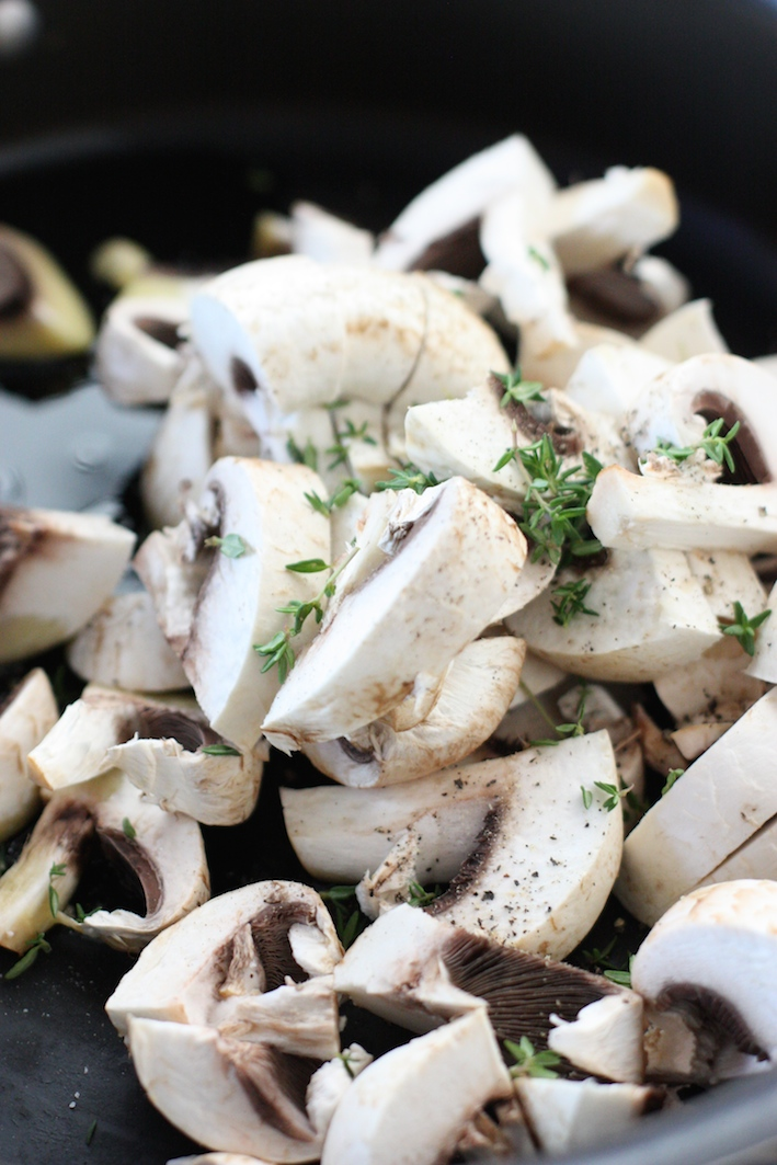 easy-macaroni-cheese-mushrooms