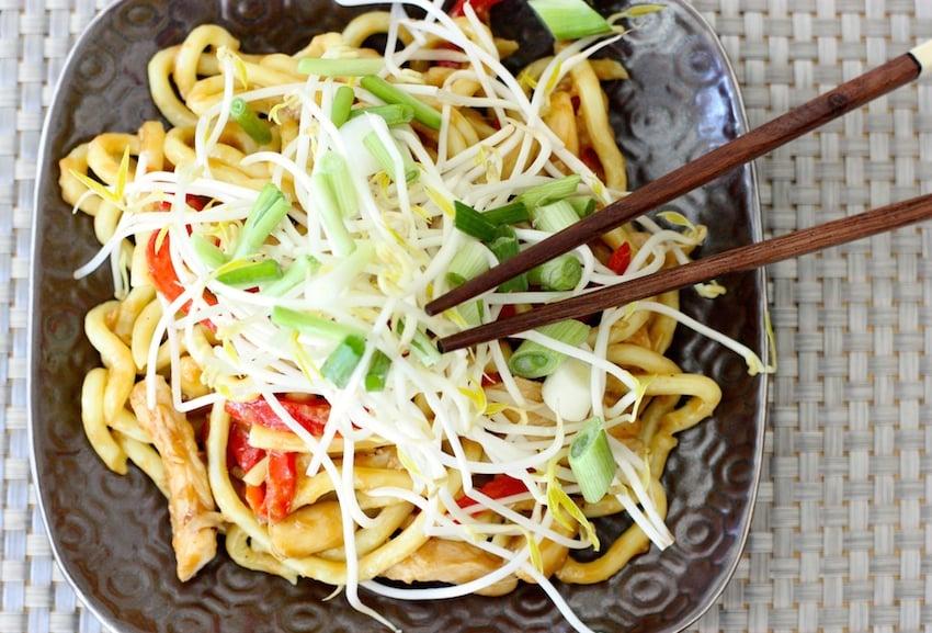 quick-crunchy-chicken-noodles-landscape