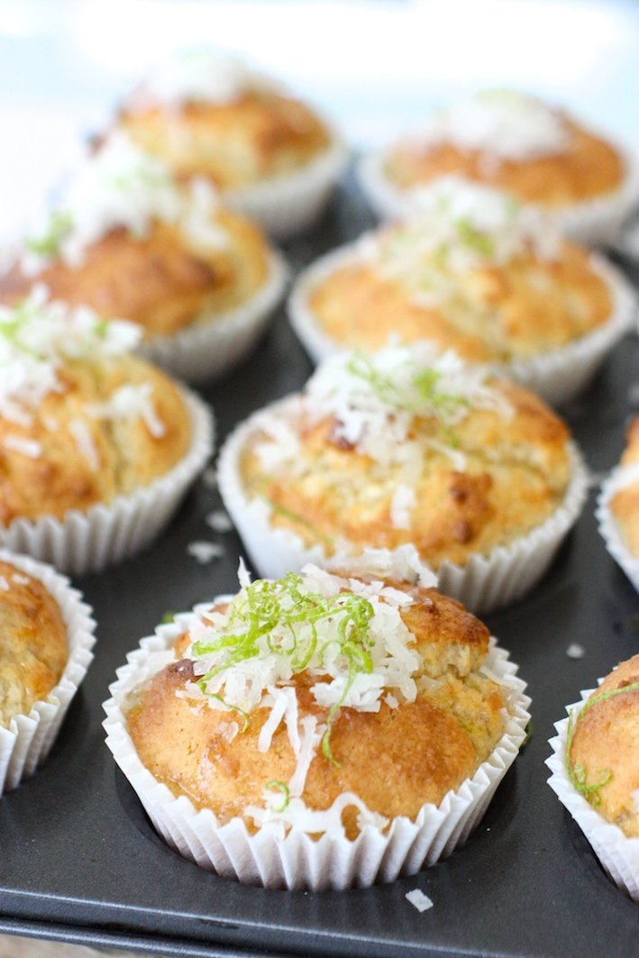 coconut-and-lime-syrup-muffins-tin