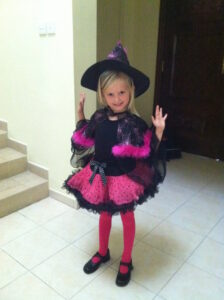 no fuss halloween party - the cutest witch