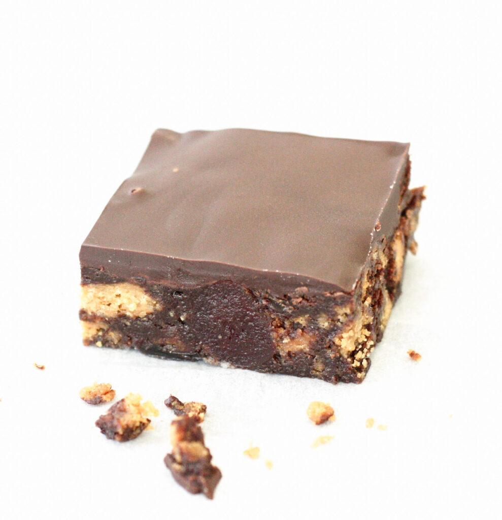 A single piece of Chocolate Tiffin